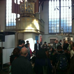 Foreign press in de kerk