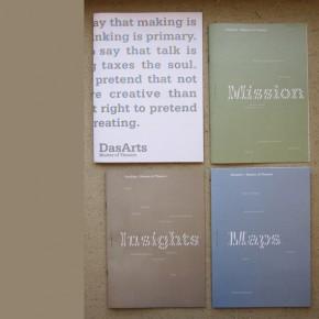 Brochure DasArts rolt van de pers